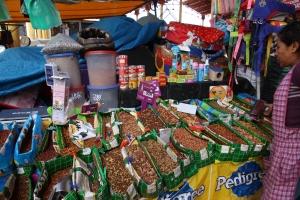 Peruvian pet stall
