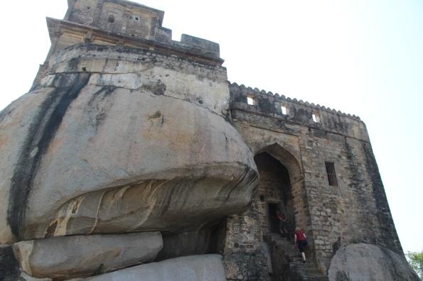 Madan Mahal on rock