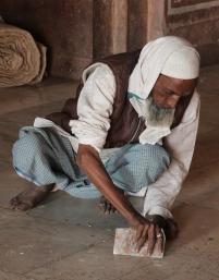 Jama Masjid, floor cleaning