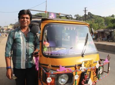 tuk-tuk driver, India