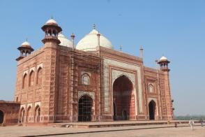Taj Mahal, mosque