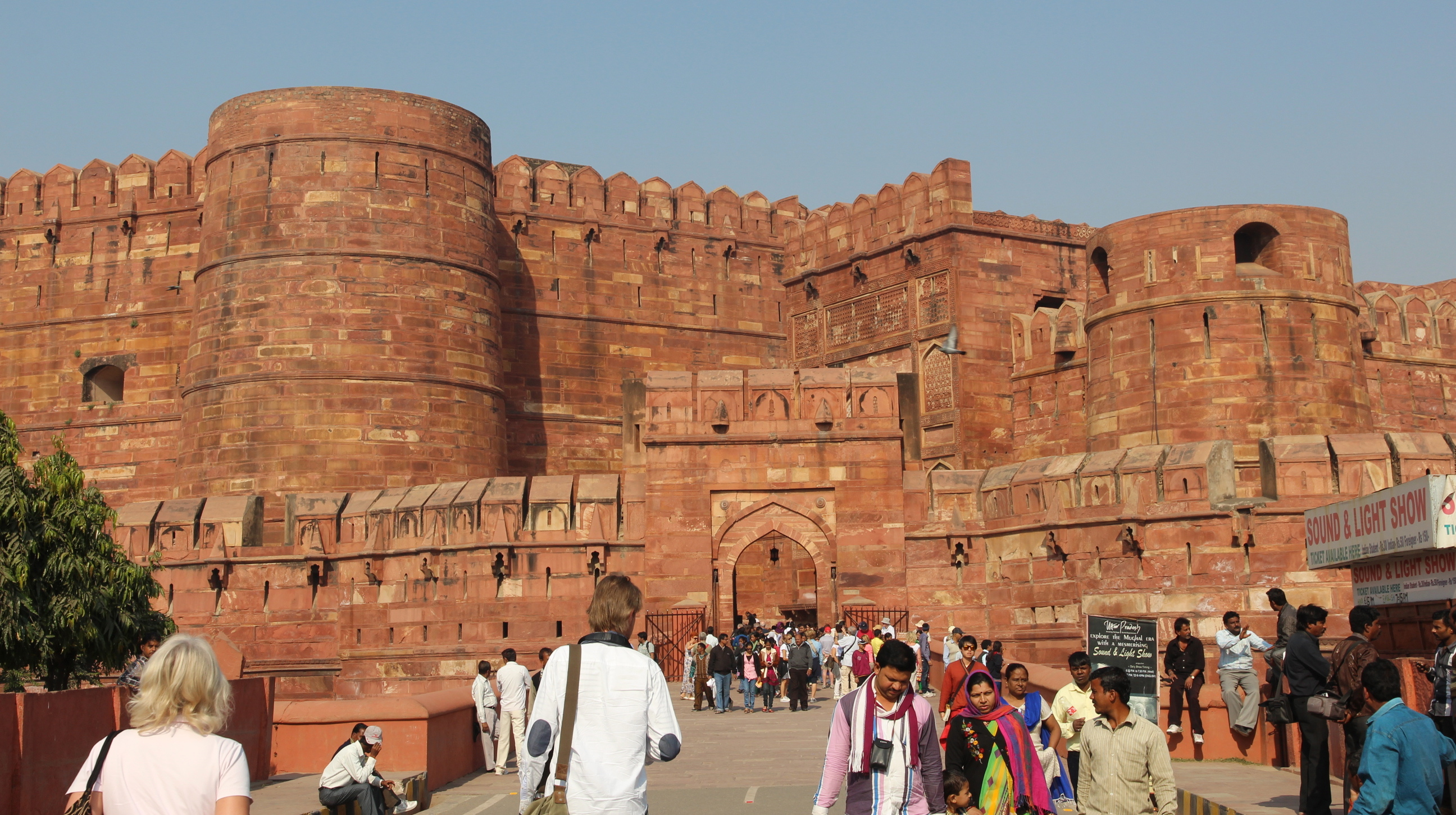 Exploring The Glorious Red Fort Of Agra Where To Next