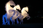 Fiers-a-Cheval (in blue)
