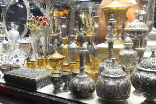 Decorative ware, Tehran bazaar