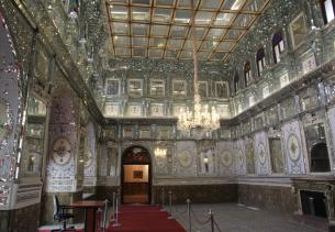 Golestan Palace, Shamsolemārah main room
