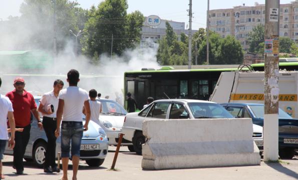 smoking bus, Uzbekistan
