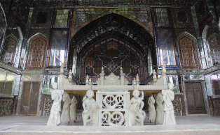 Takht-e-Marmar, Marble Throne