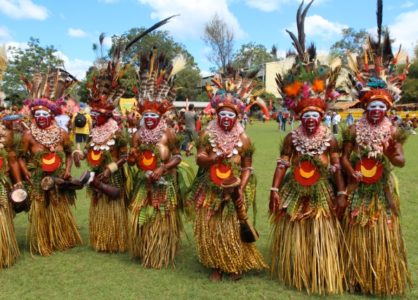 Goroka Show, grass skirts, 2014