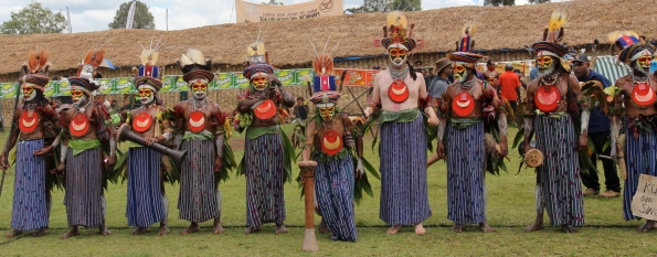 Goroka Show, with white guy, 2014