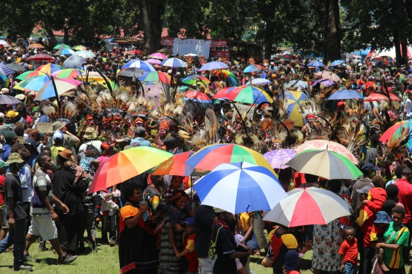 Goroka Show crowd
