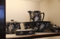 black washbowl set