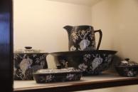 black washbowl set