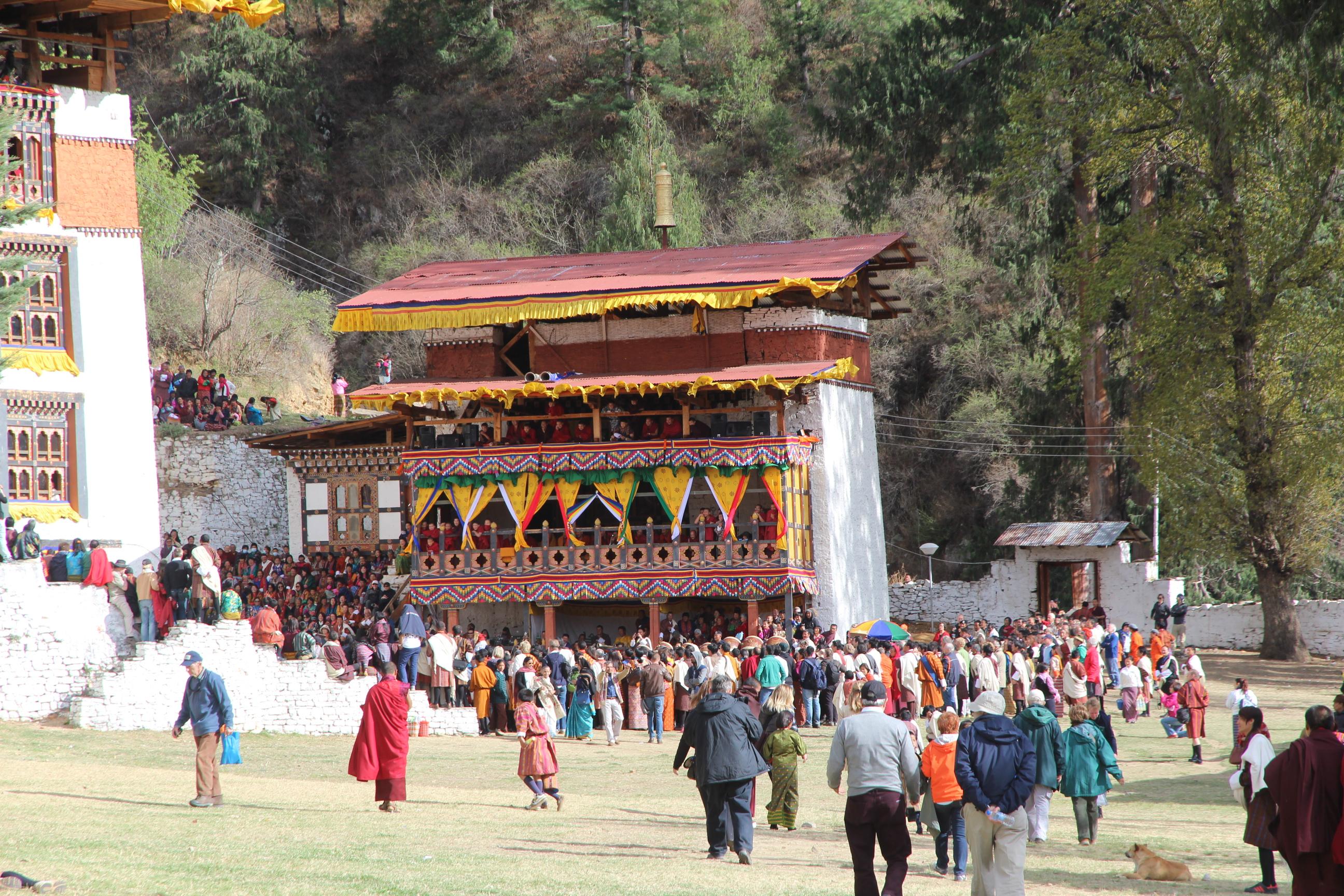 Dance Drama Music Fashion Religion Bhutan S Paro