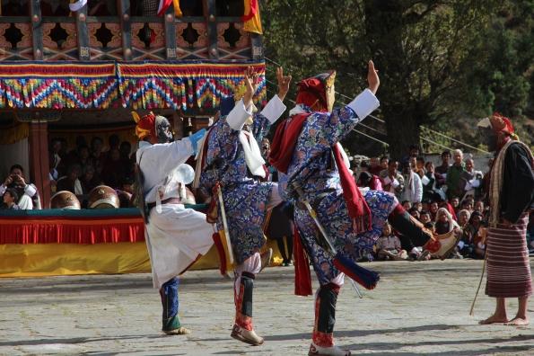 festival dancers Paro