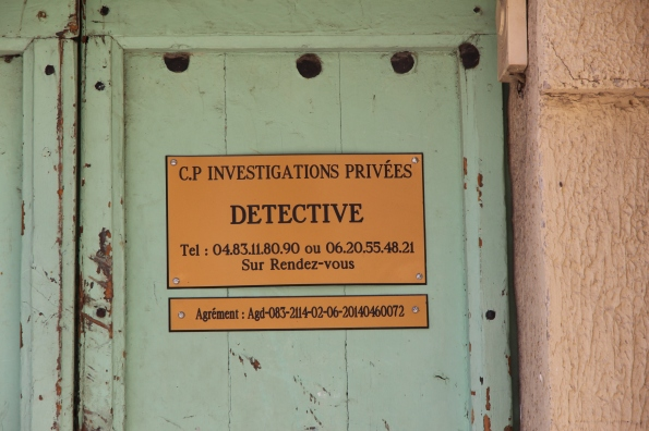Detective sign