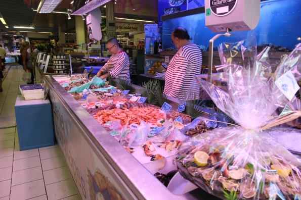 Seafood counter
