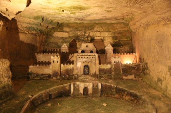 Sculpture Paris catacombs