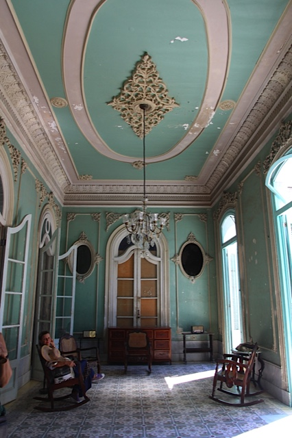 Ferrer Palace sitting room