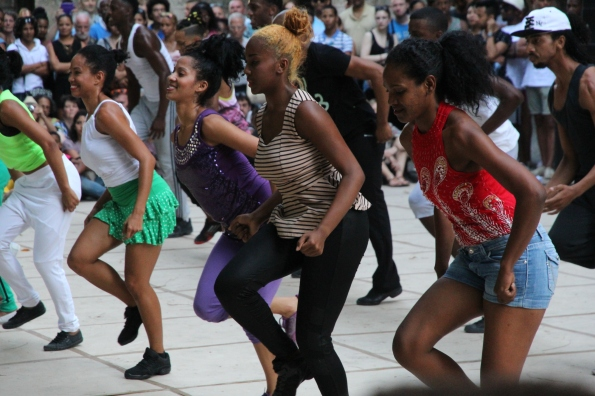Cuban dancers in overdrive