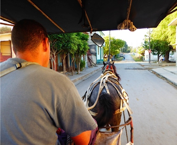 horse cart in Cuba