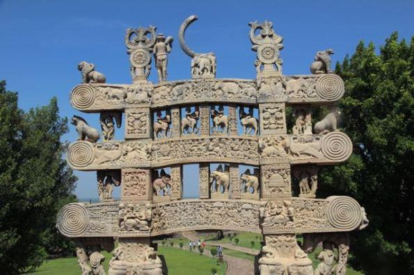 Main gate at Sanchi stupa 1