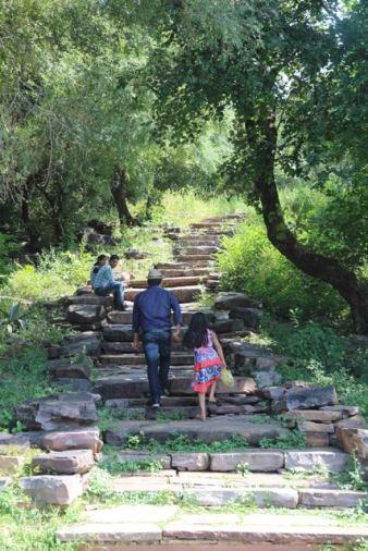 Stupa 2, stairs