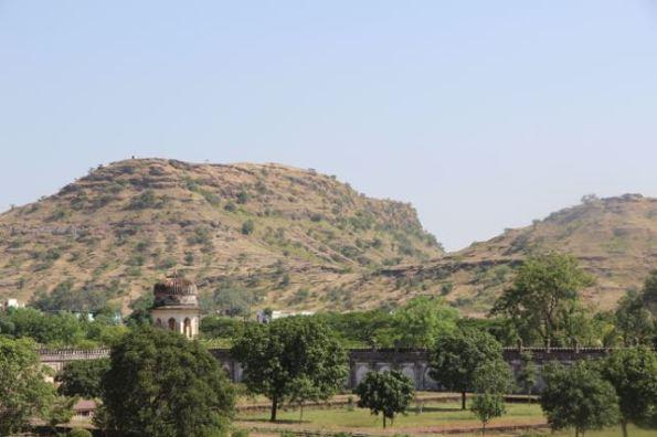 Hills overlooking Bibi Ka Maqbara