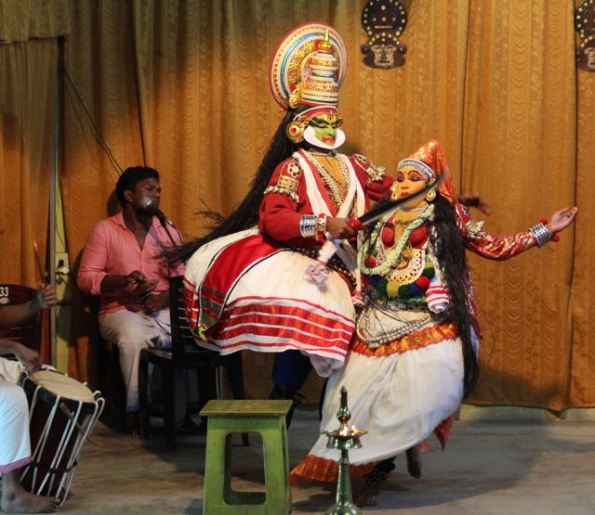 Kathakali dancers—Jayantha cuts off Lalitha's breasts