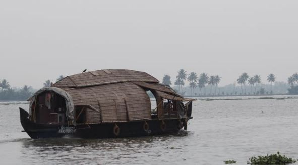 Small Kerala houseboat