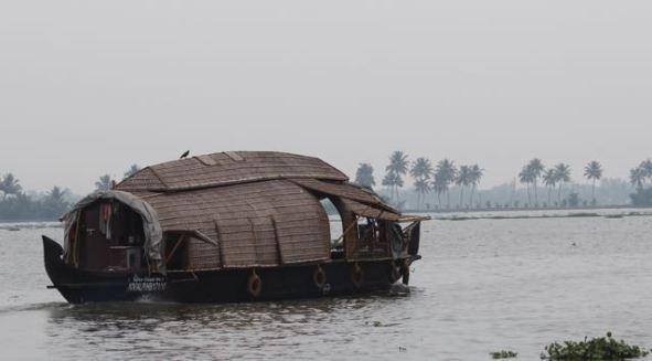 Small Kerala houseboat