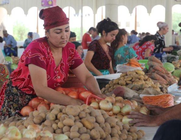 Selling vegetables, Kazakhstan