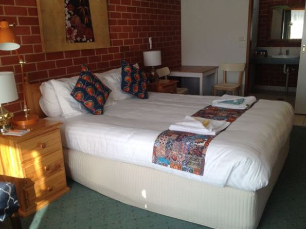 Room at Yackandandah Motor Inn