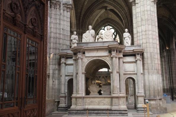 Charles V, Jeanne de Bourbon, Saint-Denis