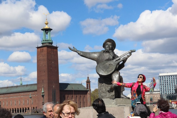 Evert Taube and Stockholm City Hall