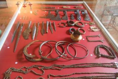Baukas Castle, jewellery