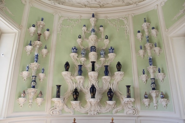 Rundāle Palace, White Hall, porcelain room