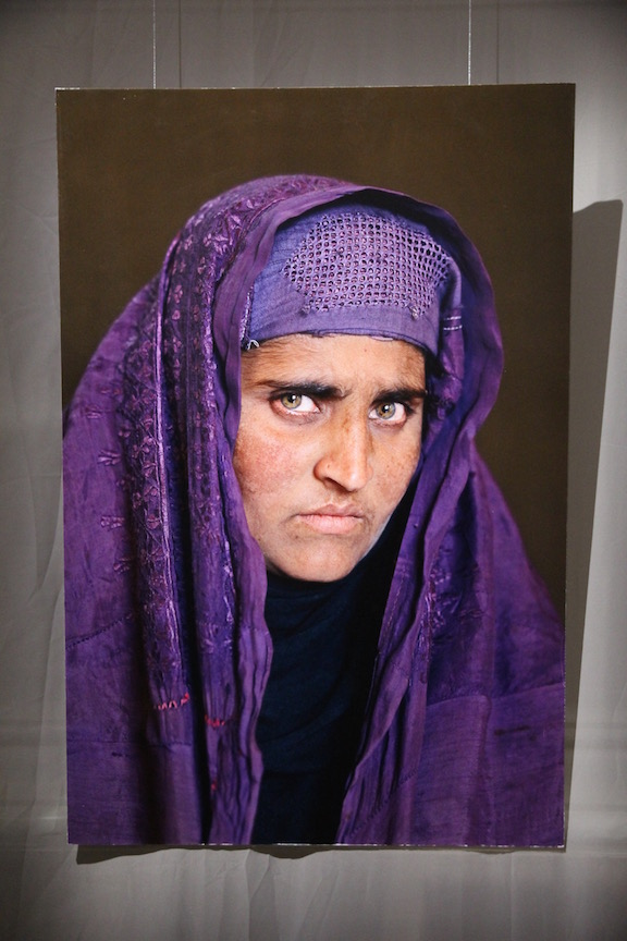 Sharbat Gula in 2002