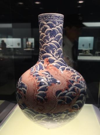 Pot with dragon