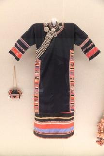 Woman's garment
