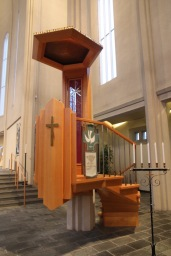 Hallgrímskirkja pulpit