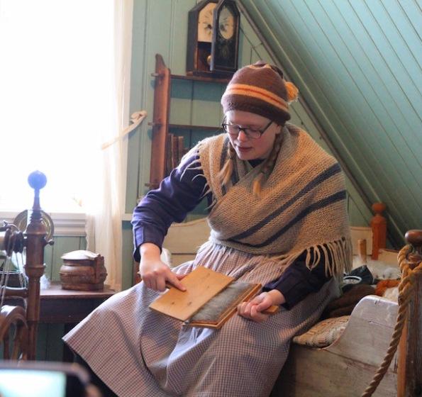 Carding wool, Árbær Open Air Museum