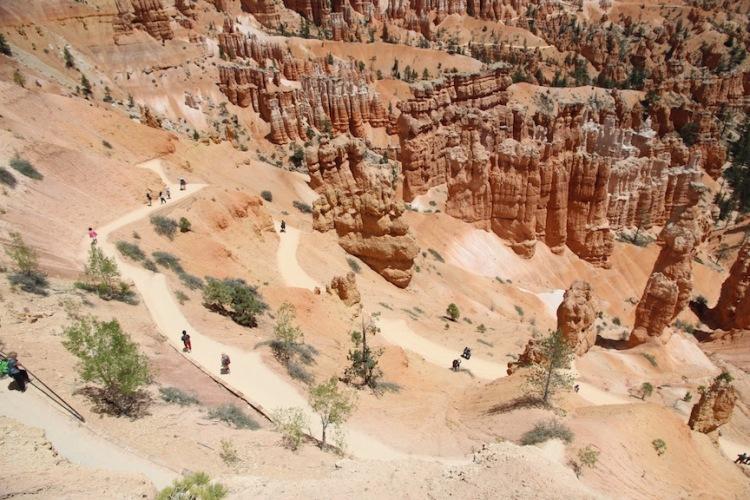 walking trail, Bryce Canyon, Utah