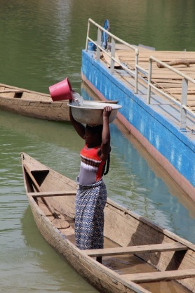 Gathering water for laundry, Ivory Coast