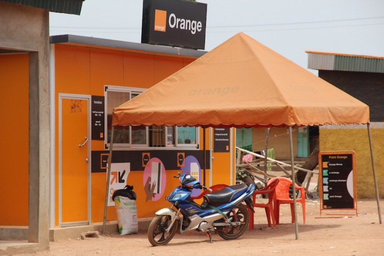 Orange shop, Nassian market, Ivory Coast