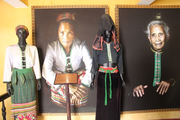 White and Black Thai costumes