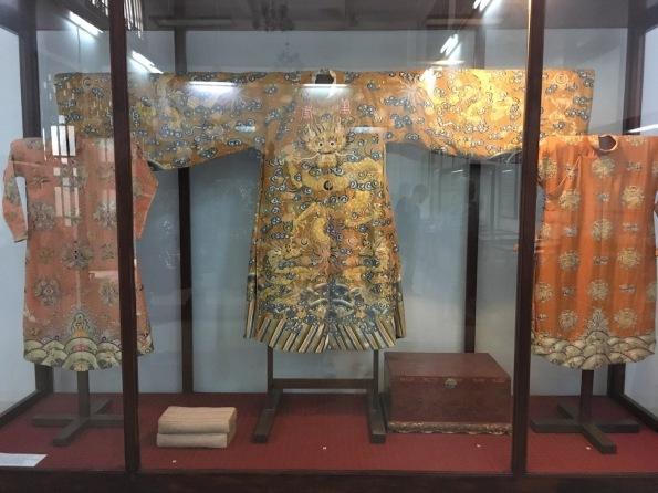 Royal clothing, Vietnam