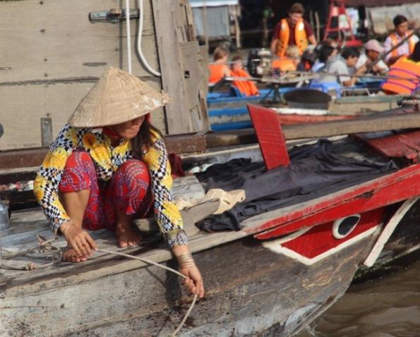 fetching water, Vietnam